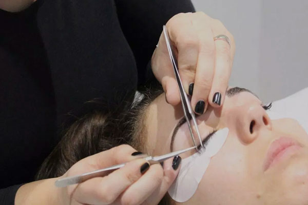 Jaxon London - Lash Extensions London